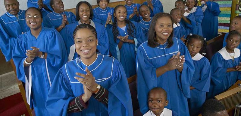 harlem-gospel-sunday-blue-choir-900x435-3