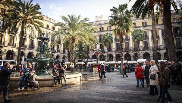 barcelona-2371946__340